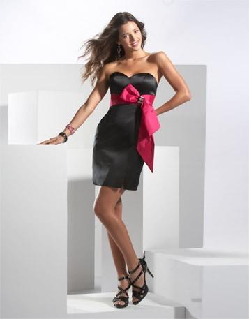 Little-black-dresses-with-strapless-sweetheart-beading-mini-sheath